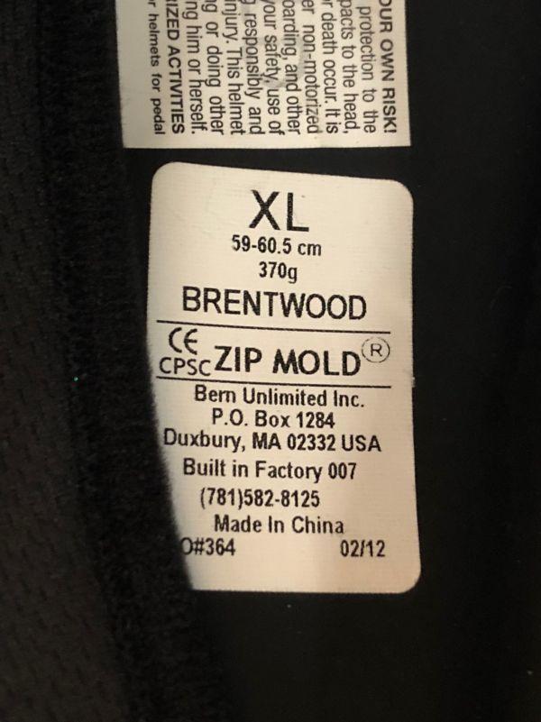 【美品】bern brentwood ウインター仕様 マットブラック レッドライン XLサイズ_画像6