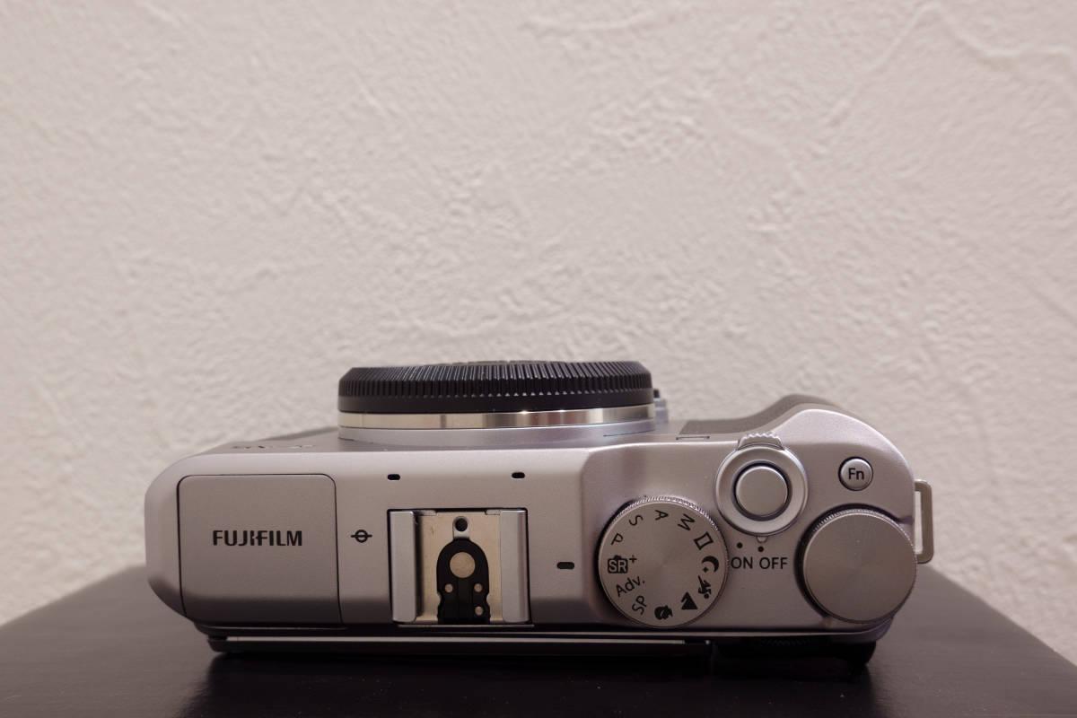 フジフイルム ミラーレスカメラ FUJIFILM X-A5 ボディ シルバー APS-C 中古_画像6