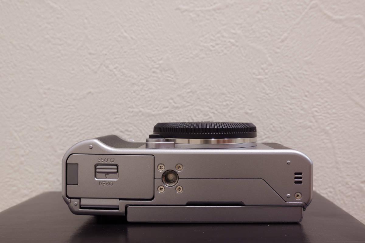 フジフイルム ミラーレスカメラ FUJIFILM X-A5 ボディ シルバー APS-C 中古_画像7