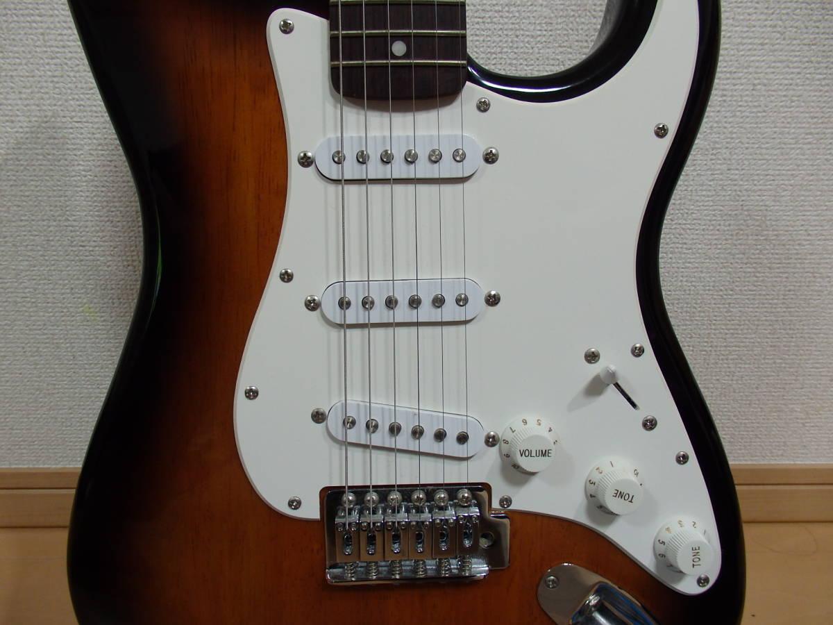 美品!格安!Squier by Fender スクワイアーBullet Strat サンバースト/スクワイヤー フェンダー ストラトキャスターAffinity エレキ_画像4