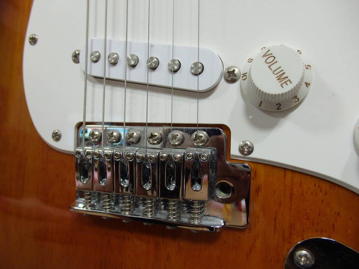 美品!格安!Squier by Fender スクワイアーBullet Strat サンバースト/スクワイヤー フェンダー ストラトキャスターAffinity エレキ_画像5