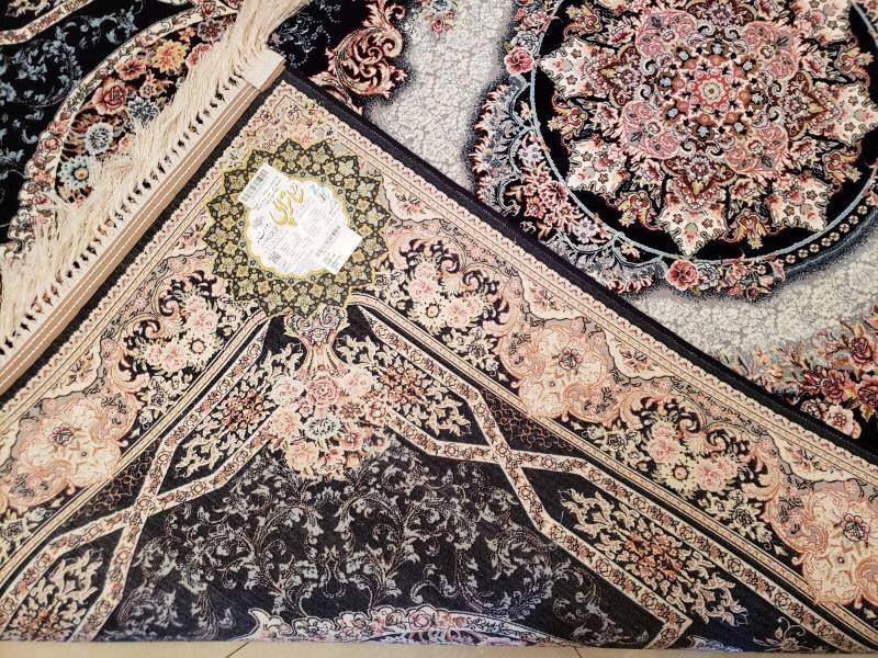 未使用品 ペルシャ絨毯 クム産 300万 シルク100% 手織り 工房サイン有り 超美品 世界の名品☆200*300CM_画像6