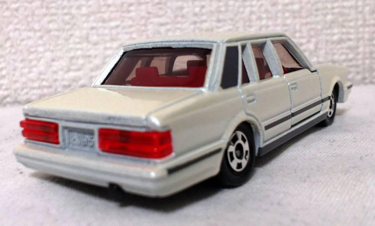 日本製 トミカ トヨタ クラウン パールホワイト メタリック マイカ No.55 タカラ トミー ミニカー 旧車 シャコタン グラチャン 当時物_画像1