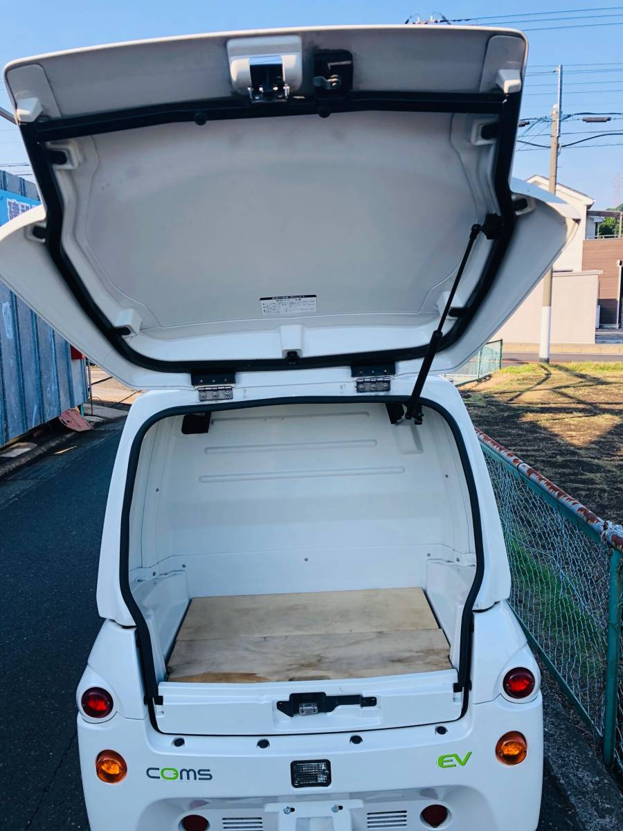 トヨタ車体 コムス 走行12,055km 単相100V充電 超小型EV ミニカー登録 電気自動車 書類・充電コード付_画像6