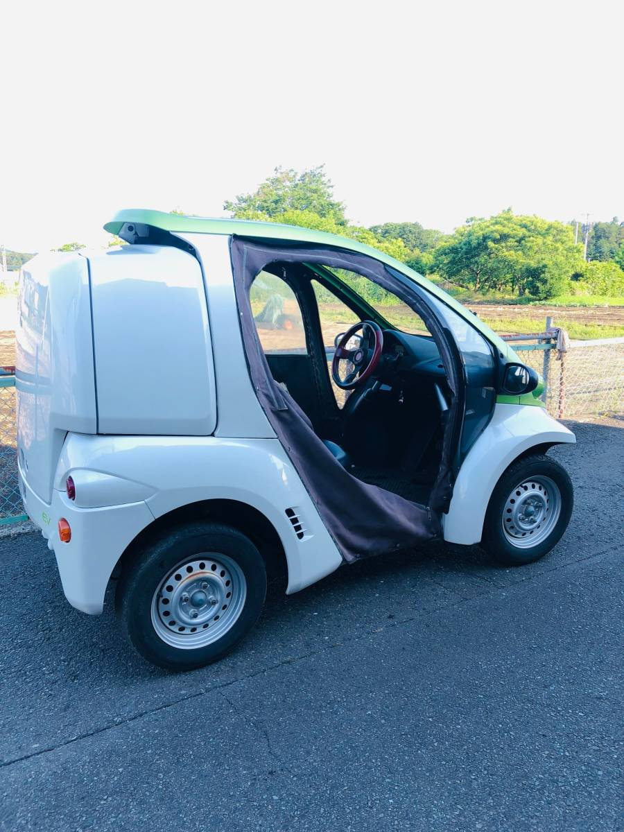 トヨタ車体 コムス 走行12,055km 単相100V充電 超小型EV ミニカー登録 電気自動車 書類・充電コード付_画像3