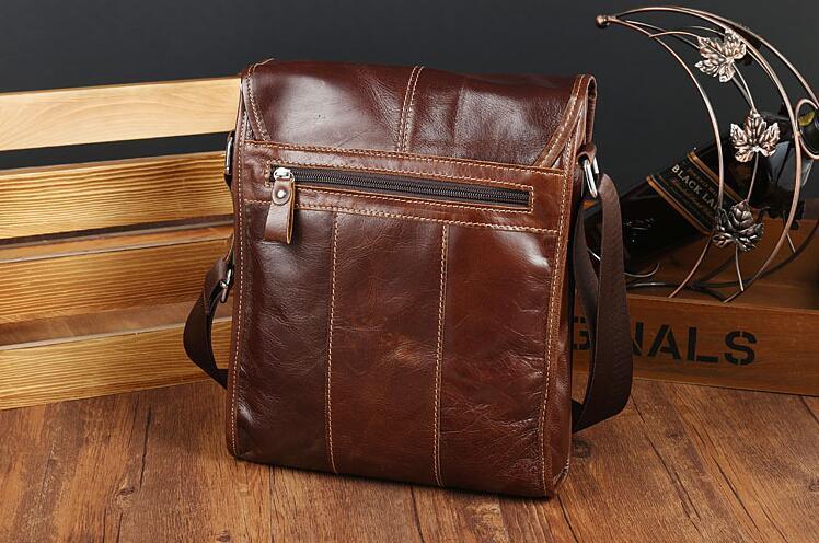 メンズ 本革 レザー ショルダーバッグ 斜め掛けバッグ iPad対応 鞄 機能的収納豊富 メッセンジャーバッグ 多機能 斜めがけ ブラウン_画像3