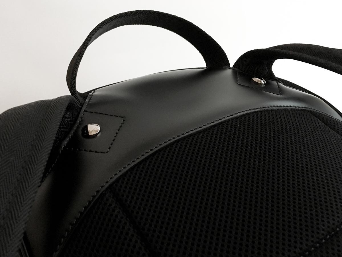 【新品未使用品 正規直営店購入 Louis Vuitton Michael ルイ・ヴィトン ミカエル ダミエ・グラフィット リュック】バッグ バックパック_画像9