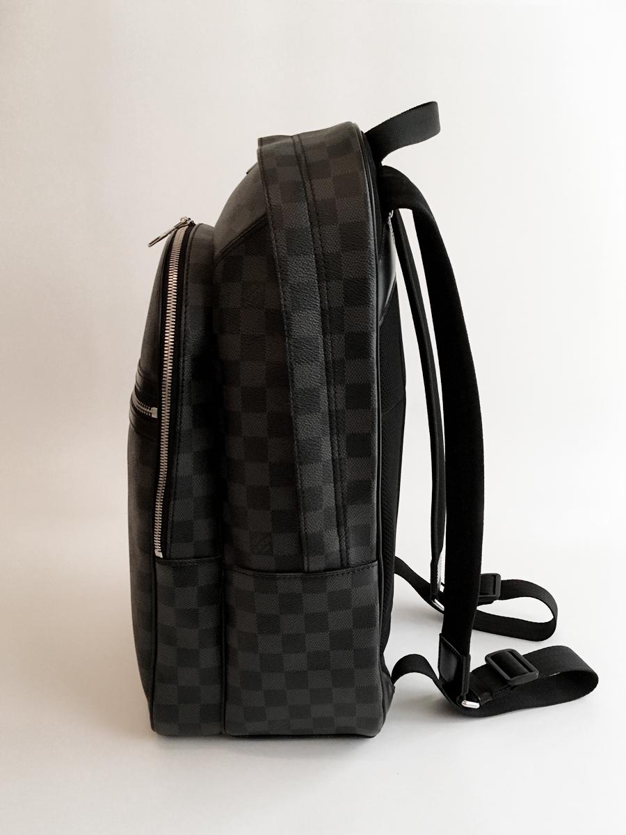 【新品未使用品 正規直営店購入 Louis Vuitton Michael ルイ・ヴィトン ミカエル ダミエ・グラフィット リュック】バッグ バックパック_画像5