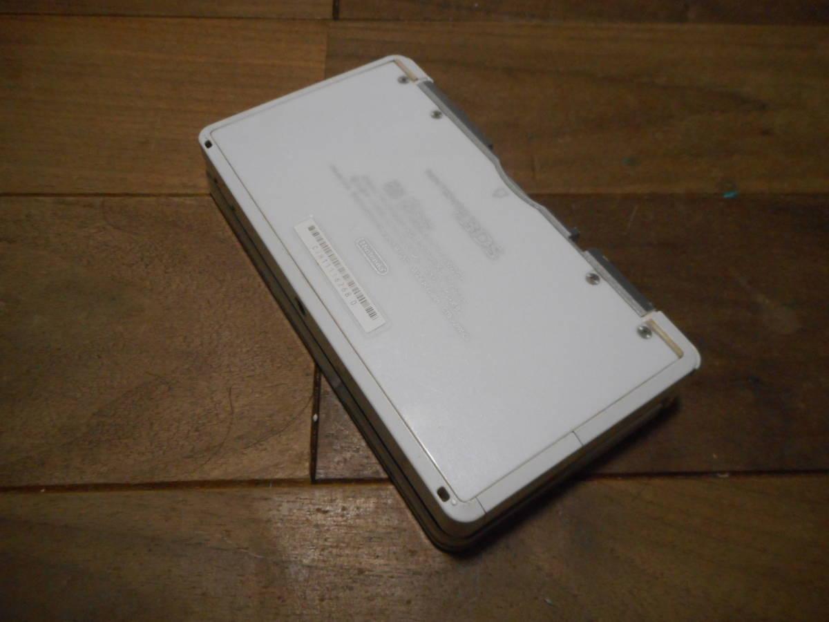 ⑥【送料無料】完動品3DS本体アイスホワイトVer5.1.0-4J【動作確認済み1円スタート】_画像3