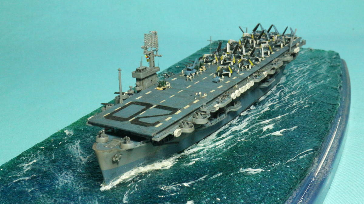 アメリカ ボーグ級護衛空母バーンズ(タミヤ 1/700)完成品