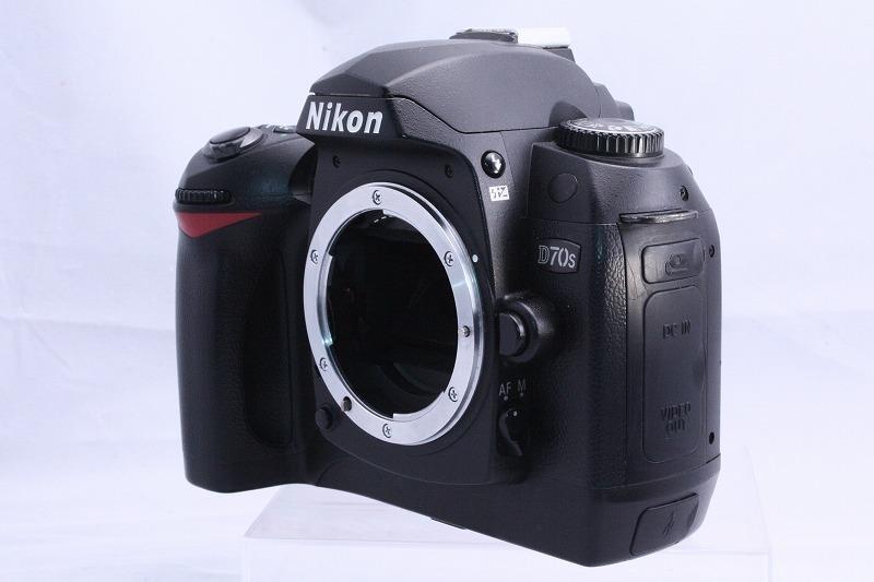 ☆★極上美品★☆初心者入門☆ Nikon ニコン D70s 純正 Wレンズセット  AF 28-80mm / AF 70-300mm  綺麗なレンズです。_画像3