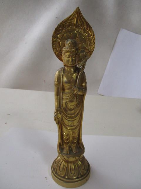 金属の古美術・金色の仏像・観音様・金色の観音佛・仏教美術・黄金に輝く観音様・作者は秀雲・綺麗な絵柄です