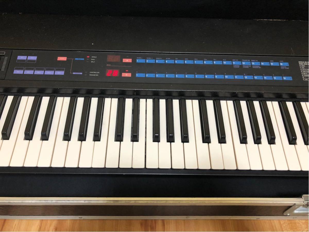 ヤマハ KX76 MIDIキーボード 動作未確認 ハードキャリーケース付き_画像3