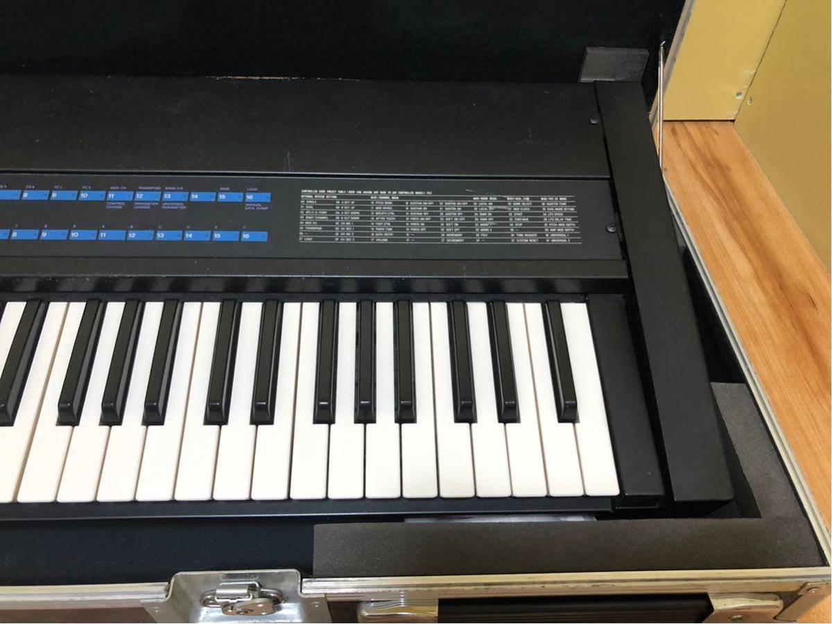 ヤマハ KX76 MIDIキーボード 動作未確認 ハードキャリーケース付き_画像4