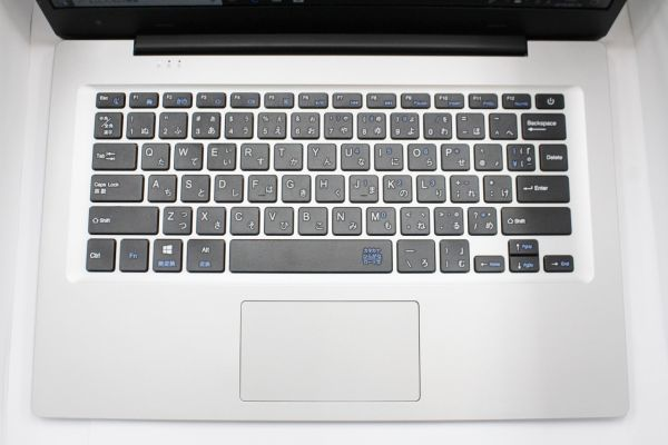 ドン・キホーテPC MUGA ストイックPC2  4GBメモリ 14インチ 軽量パソコン1.2kg箱付_画像4