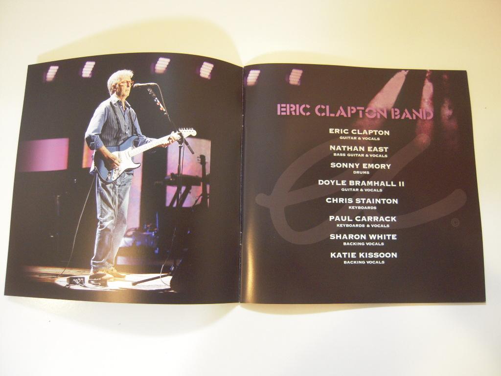 エリック クラプトン 2019 Japan Tour メンバー サイン パンフレット Clapton 武道館_画像2
