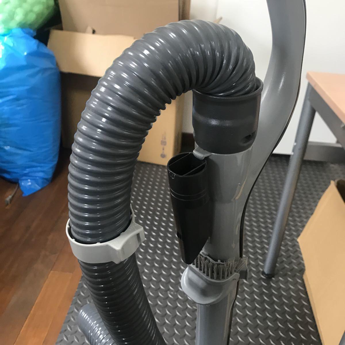 パナソニック 電気掃除機 2012年製 動作品_画像3