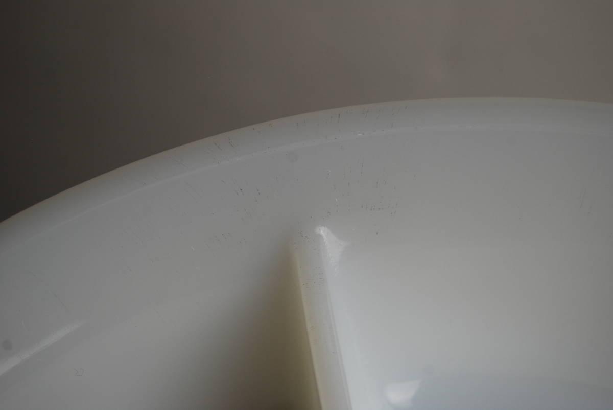 激レア・希少 ファイヤーキング ホワイト ディバイデッドキャセロール 60年代レア刻印 アンティーク食器 容器_画像7