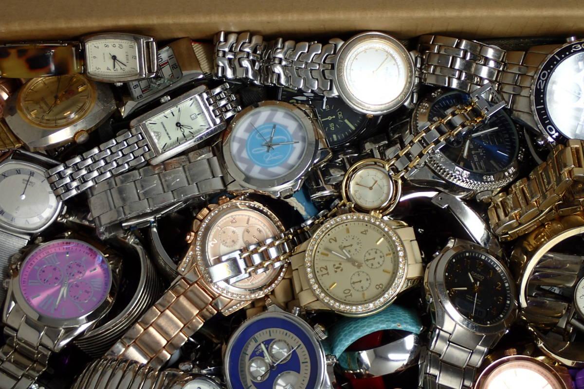 ●ジャンク腕時計セットまとめ 15.1kg 大量300点以上 一円スタート 稼働品多数!!SEIKO INVICTA EMPORIO ARMANI_画像3