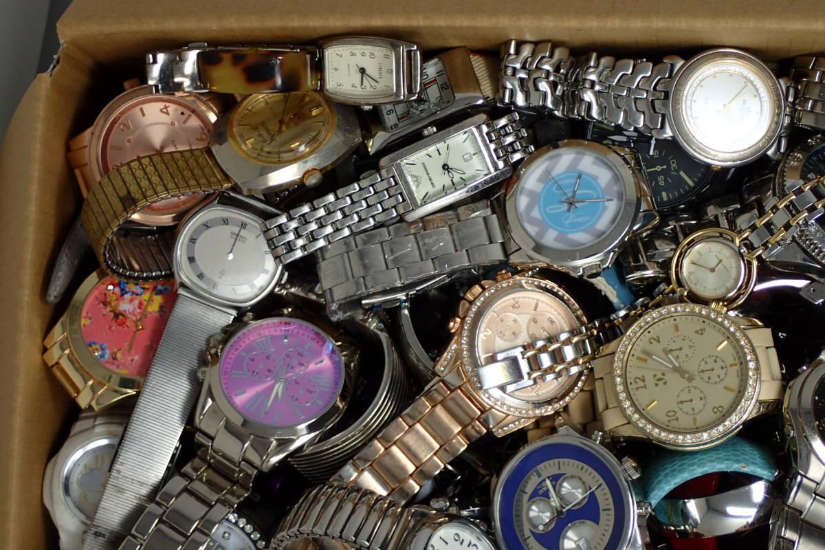●ジャンク腕時計セットまとめ 15.1kg 大量300点以上 一円スタート 稼働品多数!!SEIKO INVICTA EMPORIO ARMANI_画像4