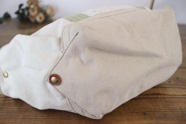 未使用 新品同様 アートディレクト 白 グリーン 茶 トートバッグ 帆布 ショルダー 2way マザーズバッグ ポケット多数 牛革使用_画像6