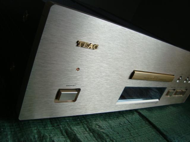 ☆★oh ティアック 当時最高級機 CDプレーヤー TEAC VRDS-25 千円売り切り!!_画像2