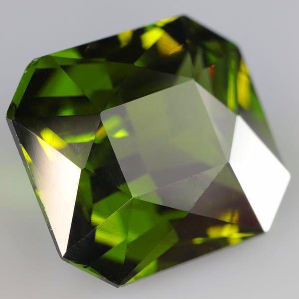 大粒 天然 無処理 非加熱 美しいグリーンジルコン ルース 3.966ctソーティング付きnatural unheat zircon_画像5