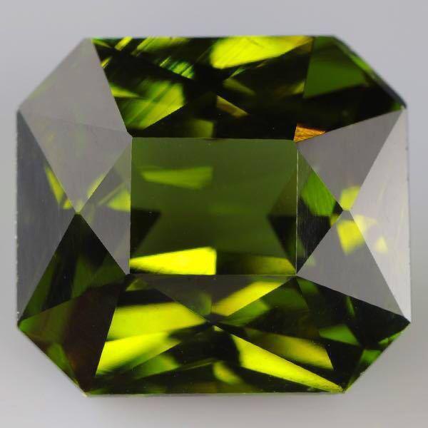 大粒 天然 無処理 非加熱 美しいグリーンジルコン ルース 3.966ctソーティング付きnatural unheat zircon_画像6