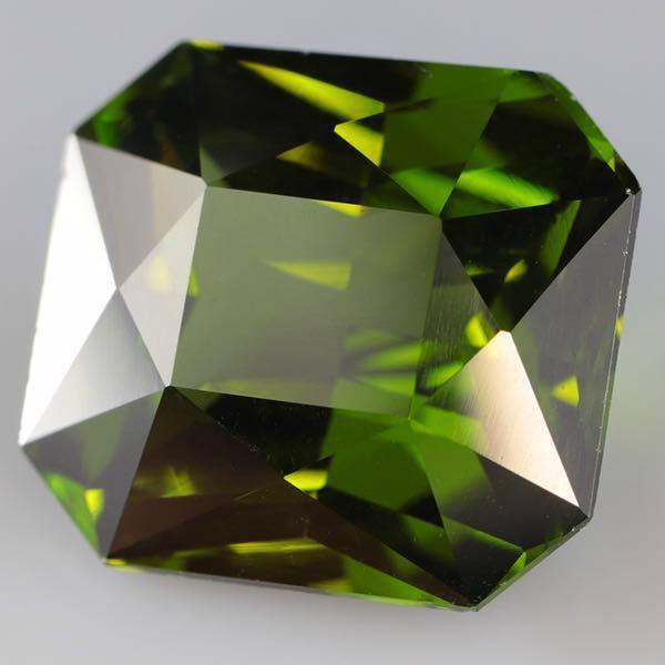 大粒 天然 無処理 非加熱 美しいグリーンジルコン ルース 3.966ctソーティング付きnatural unheat zircon_画像7