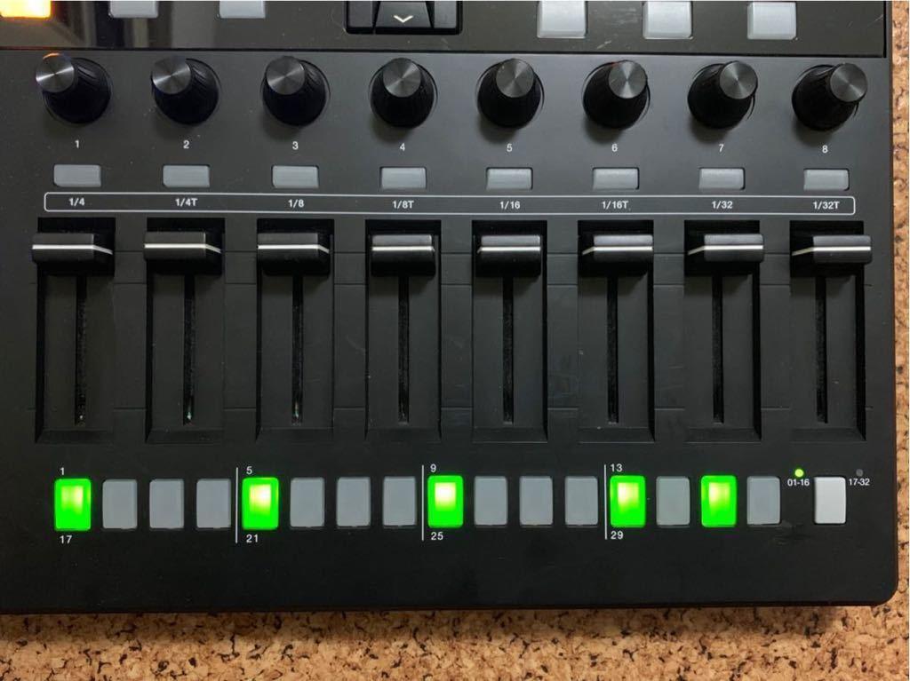 【中古】AKAI MPD232 MIDIコントローラー パッドコントローラー フェーダー シーケンサー(検:MPD218/MPD226/MPC)_画像8