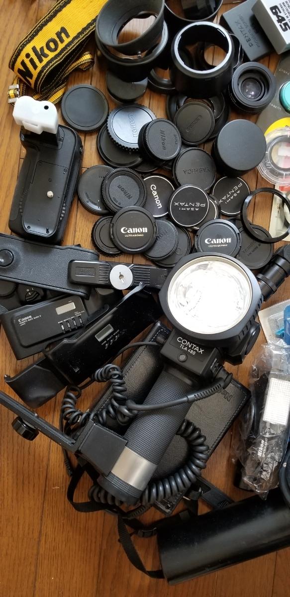 カメラ フード、キャップ、その他大量、ジャンク扱い_画像4
