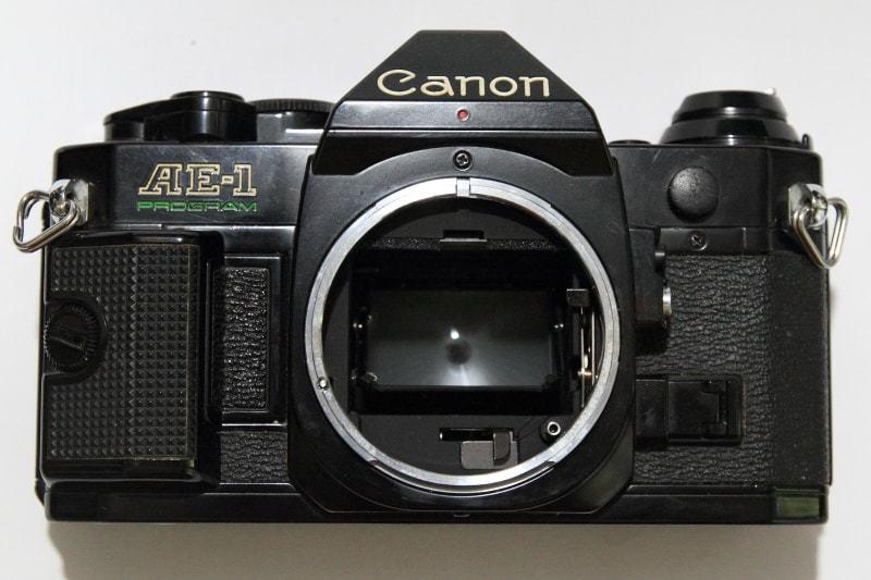 CANON AE-1 PROGRAM + FD 35-70mm 1:3.5-4.5 共にジャンク_画像2