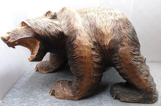 【YU665】 熊の木彫り 置物 全長約71cm インテリア 飾り 装飾品 木製 クマ 工芸品 民芸品 作者不明 _画像1