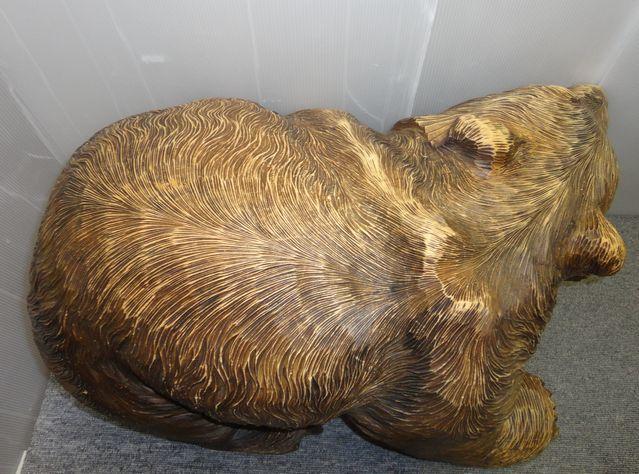 【YU665】 熊の木彫り 置物 全長約71cm インテリア 飾り 装飾品 木製 クマ 工芸品 民芸品 作者不明 _画像8
