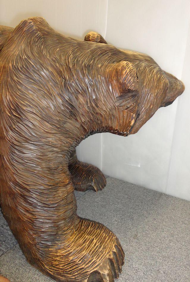 【YU665】 熊の木彫り 置物 全長約71cm インテリア 飾り 装飾品 木製 クマ 工芸品 民芸品 作者不明 _画像7