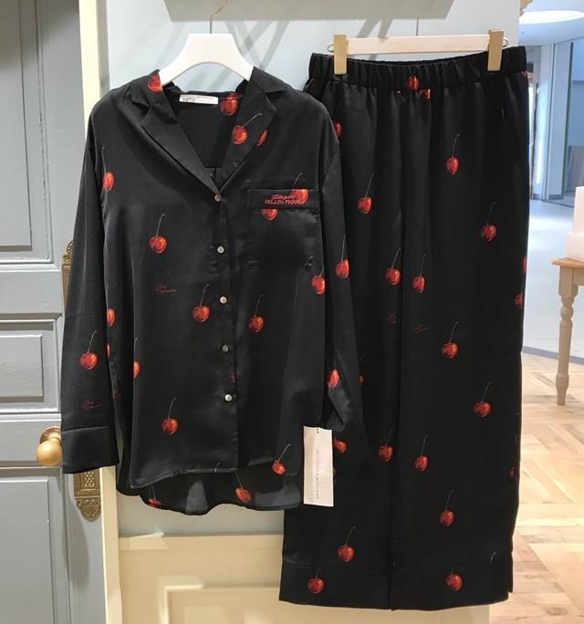 新品 Joel Robuchon & gelato pique HOMMEチェリー サテンシャツ&パンツ 上下セット ブラック