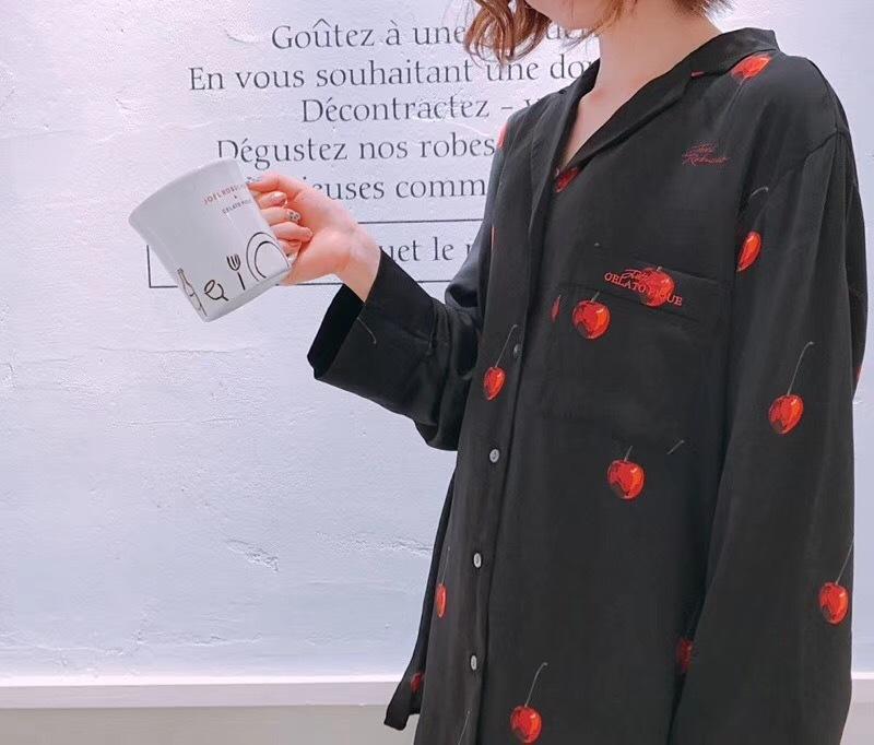 新品 Joel Robuchon & gelato pique HOMMEチェリー サテンシャツ&パンツ 上下セット ブラック_画像4