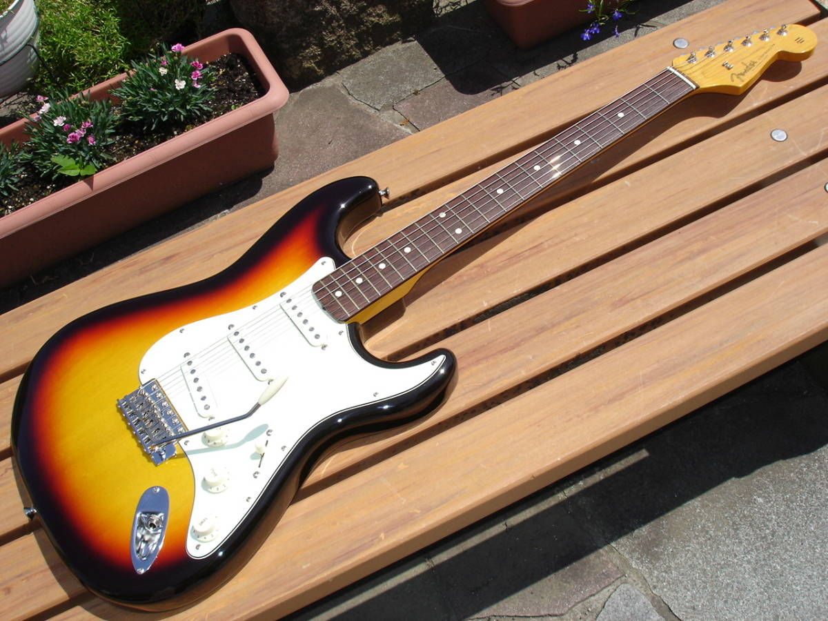 ♪ 2017年製 NEW Fender Japan TRADITIONAL 60S STRATOCASTER