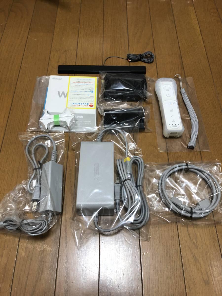 ★新品同様 完品★ Wii U マリオカート8セット 画面傷なし オマケでコントローラモーションプラス、ハンドル2個付き_画像6