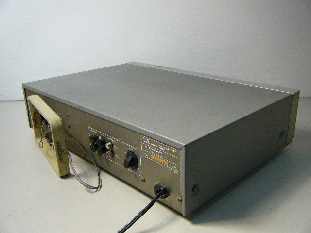 1ぬ43■動作良好 TRIO-KENWOOD トリオ KT-1100 AM-FM ステレオ チューナー_画像4