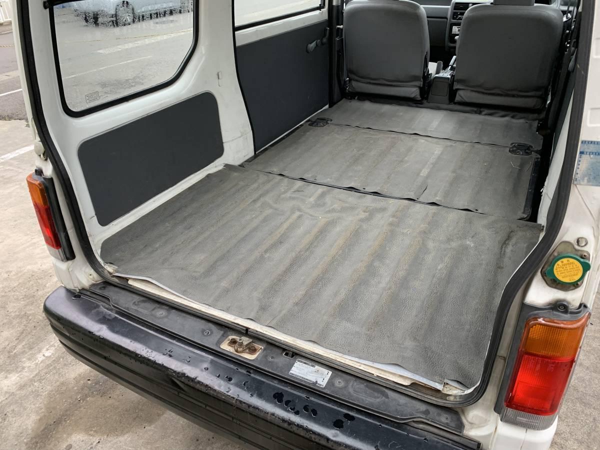 スバル サンバー 4WD AT CVTではありません。車検長_画像3