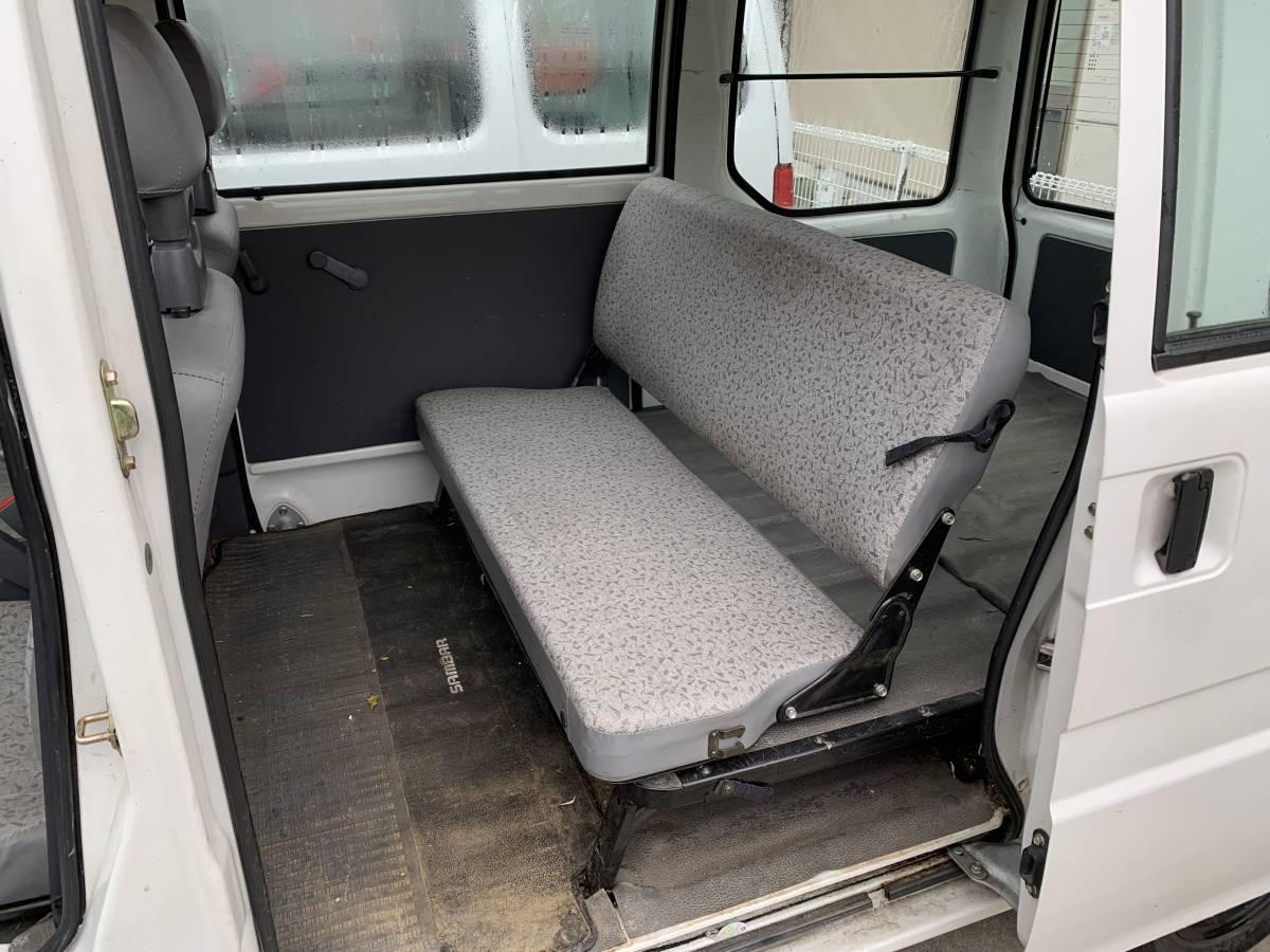 スバル サンバー 4WD AT CVTではありません。車検長_画像4