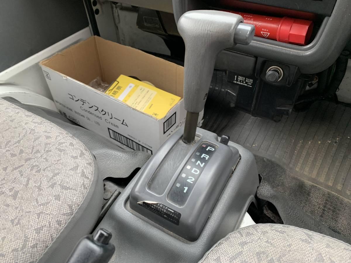 スバル サンバー 4WD AT CVTではありません。車検長_画像7