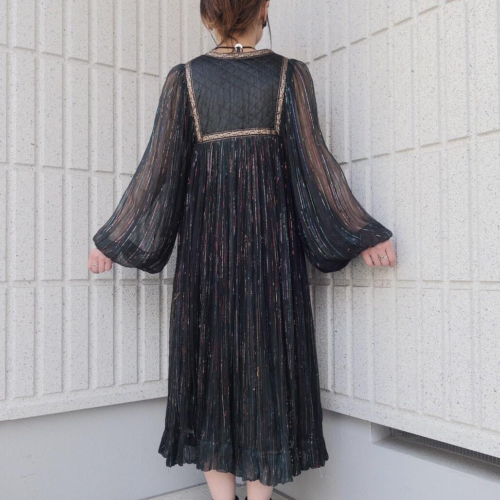 ヴィンテージ70sインド綿ワンピース レディース古着ビンテージアンティーク黒ブラックコットン刺繍長袖ロングシアーキルティングレア_画像4