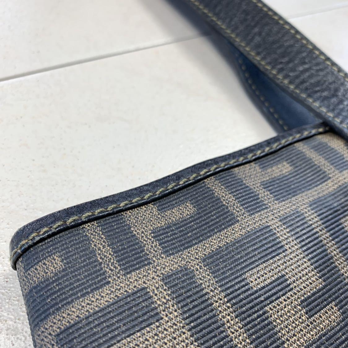 フェンディ FENDI ズッカ柄 ユニセックス ショッピングトートバッグ イタリア製正規品 美品_画像9