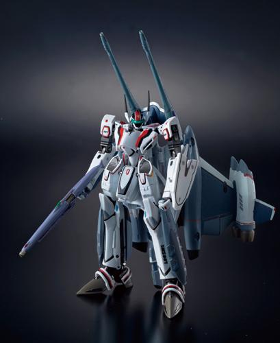 DX超合金 VF-25F トルネードメサイアバルキリー (早乙女アルト機)