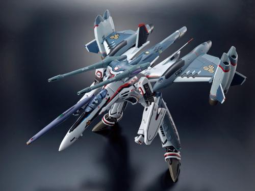 DX超合金 VF-25F トルネードメサイアバルキリー (早乙女アルト機)_画像3