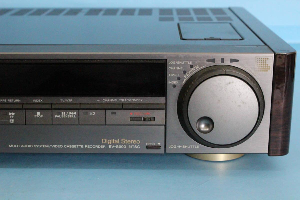 SONY ソニー EV-S900 NTSC Hi8ビデオカセットレコーダー (ジャンク 動作不可 リモコン液漏れよごれあり 写真のもののみ)_画像4