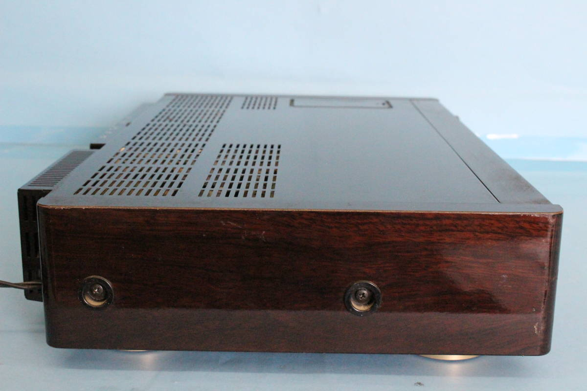 SONY ソニー EV-S900 NTSC Hi8ビデオカセットレコーダー (ジャンク 動作不可 リモコン液漏れよごれあり 写真のもののみ)_画像9