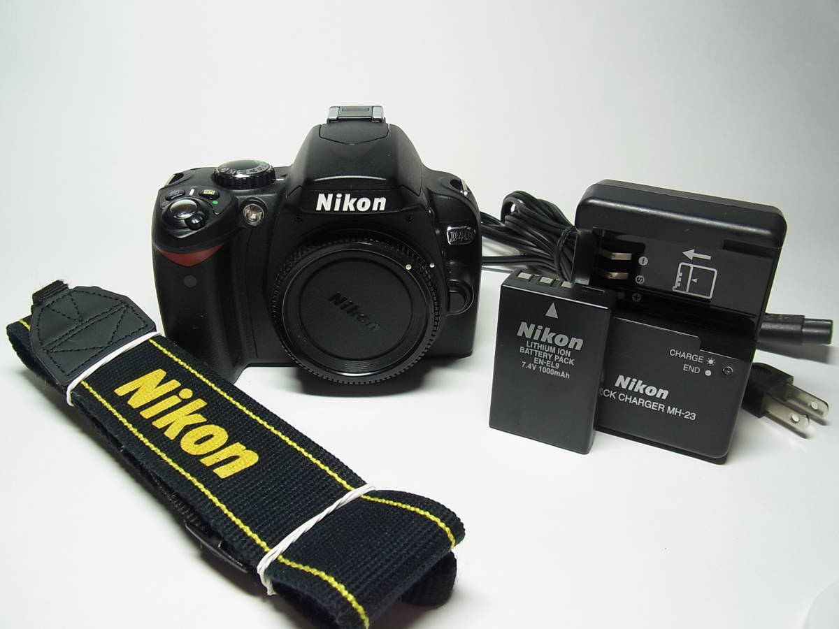 作動品 超美品 少ショット Nikon D40X ボディ 純正 バッテリー 充電器 ストラップ ニコン デジタル 一眼